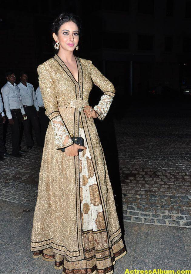 Rakul Preet Singh Photos at Filmfare Awards 4