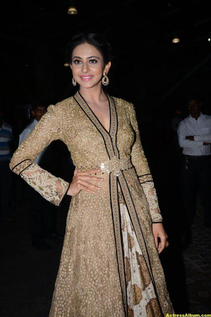 Rakul Preet Singh Photos at Filmfare Awards 6