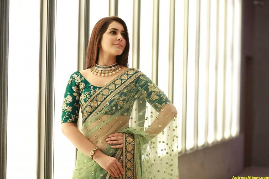 Rashi Khanna Spicy Photos In Green Saree (5)