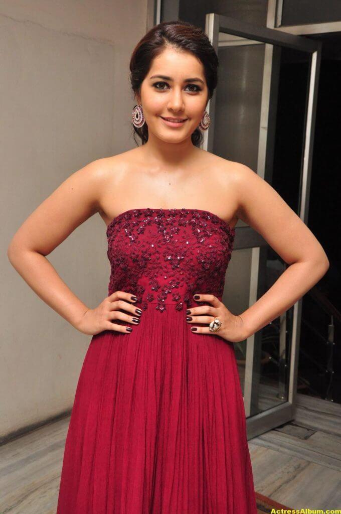 Rashi Khanna Stills At Movie Success Meet 2