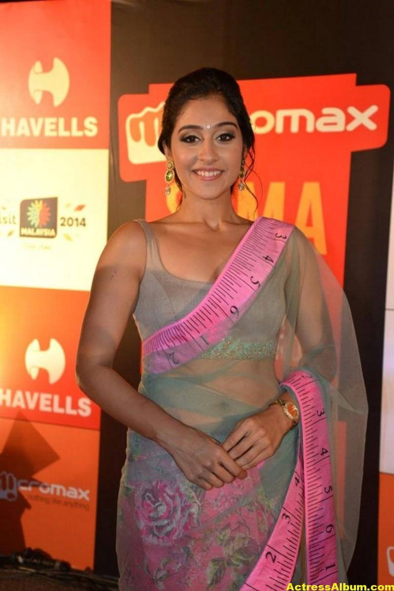 Regina Cassandra Hot Stills In Green Designer Saree (5)