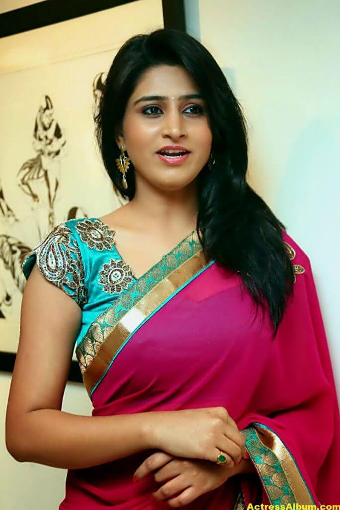 Shamili Hot In Red Saree 4