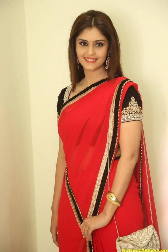 Surabhi Hot Photos In Red Saree (1)