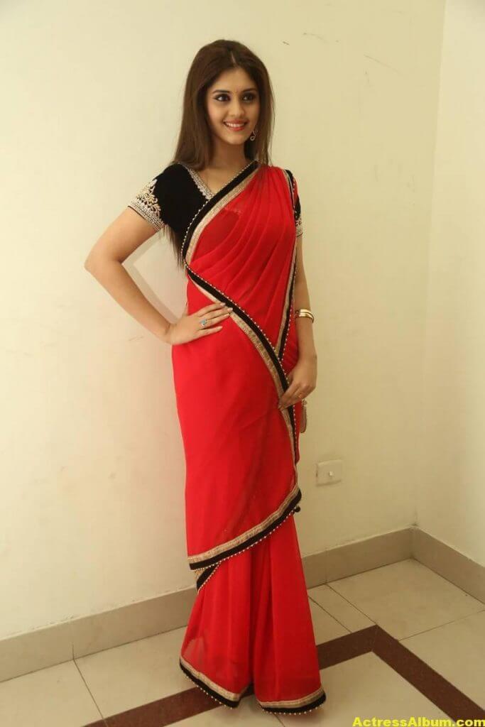 Surabhi Hot Photos In Red Saree (2)