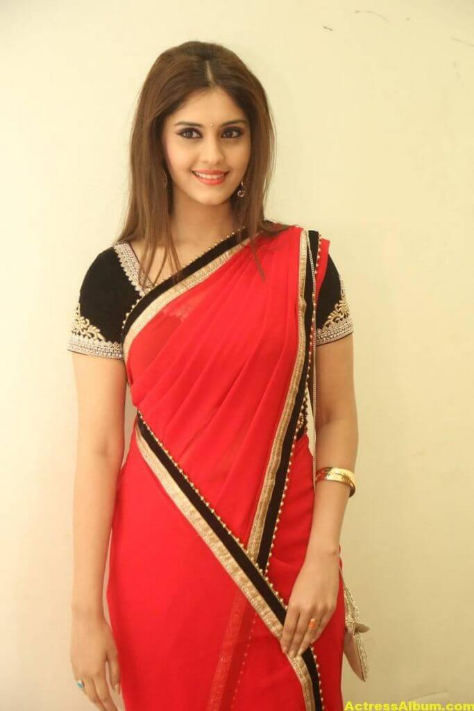 Surabhi Hot Photos In Red Saree (4)