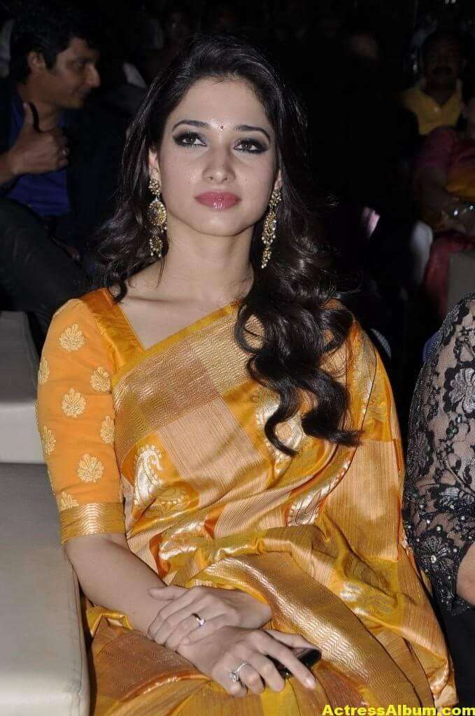 Tamanna Beautiful Photos In Yellow Saree 3