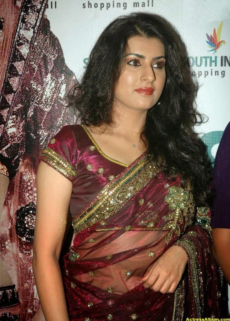 Tamil Actress Archana Wallpapers 3