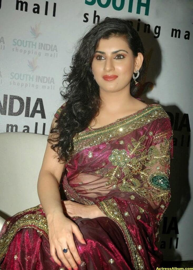 Tamil Actress Archana Wallpapers 4