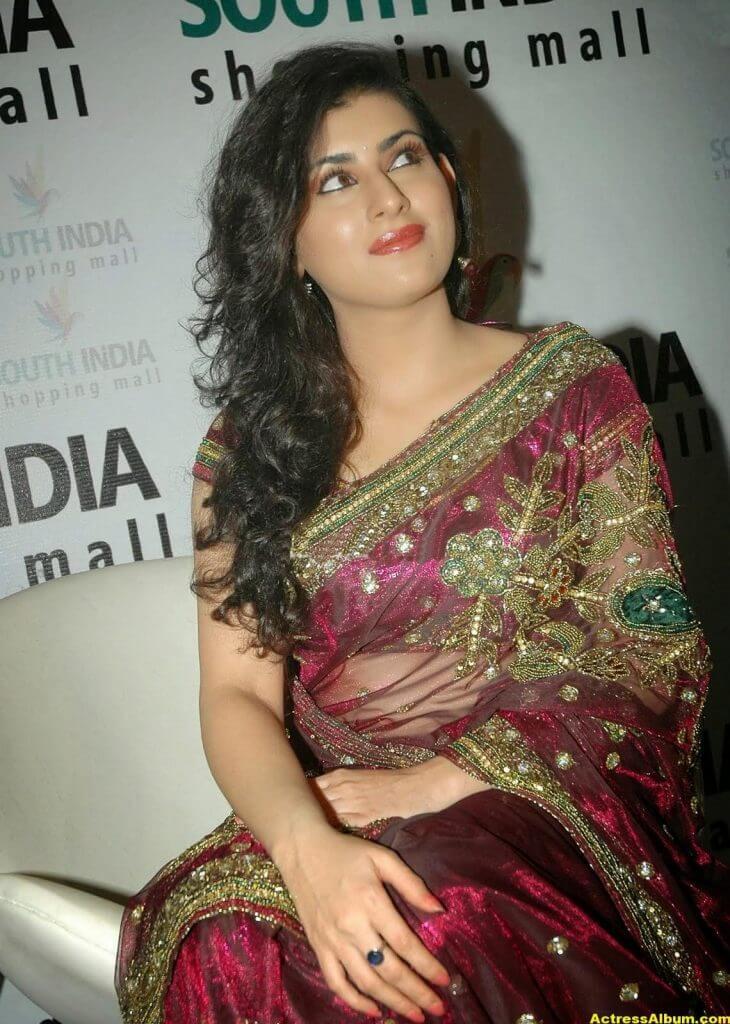 Tamil Actress Archana Wallpapers 5