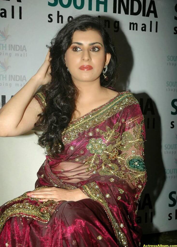 Tamil Actress Archana Wallpapers 6