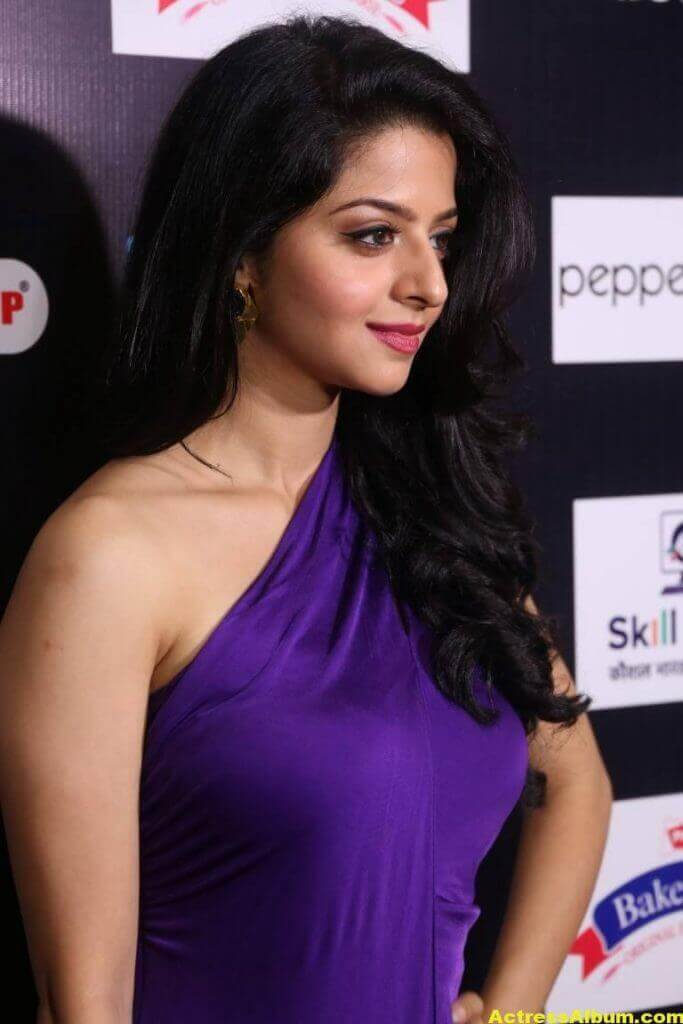 Vedika Hot Photos In Violet Dress (8)