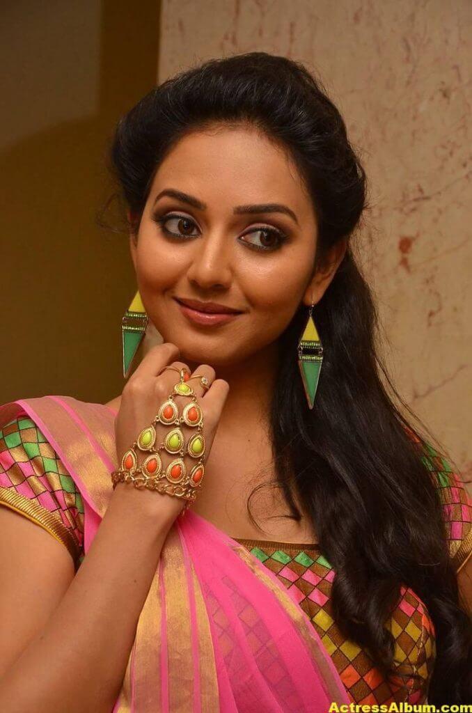 Vidya Pradeep Hot Photos In Pink Half Saree (6)