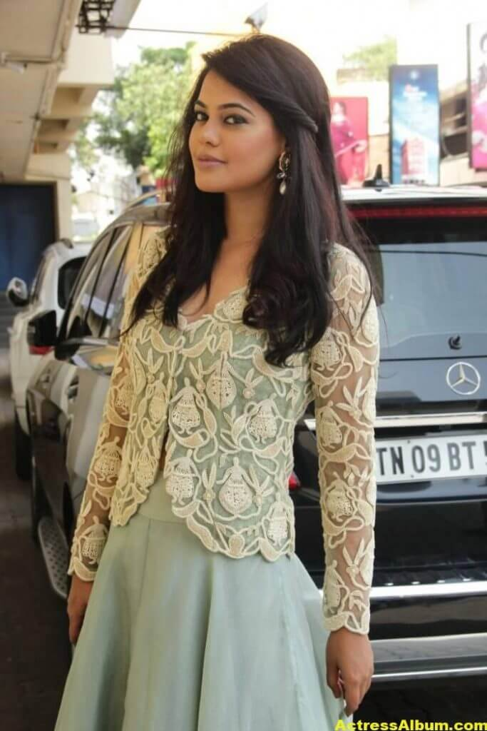 Actress Bindu Madhavi Photos In Green Dress 3