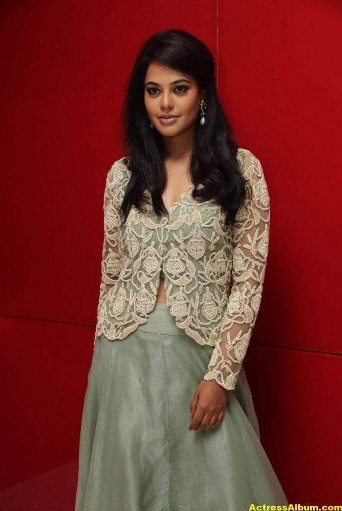 Actress Bindu Madhavi Photos In Green Dress 4
