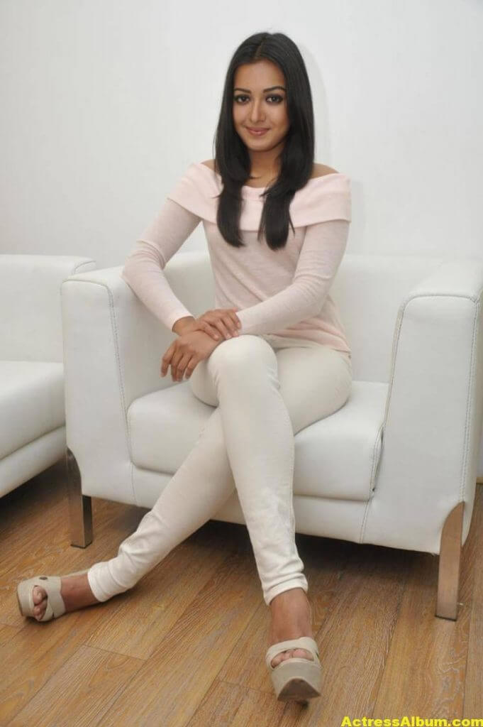 Actress Catherine Tresa Hot In White Dress 6