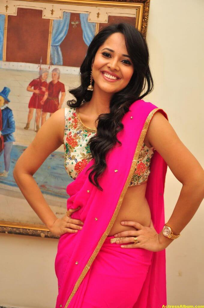 Anasuya Hot Photos In Pink Saree 3