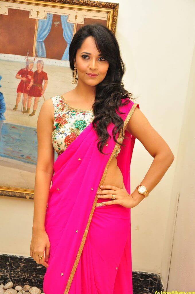 Anasuya Hot Photos In Pink Saree 7
