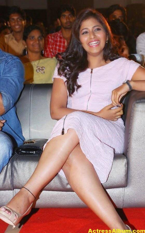 Anjali Hot Thigh Show Photos In White Dress (7)