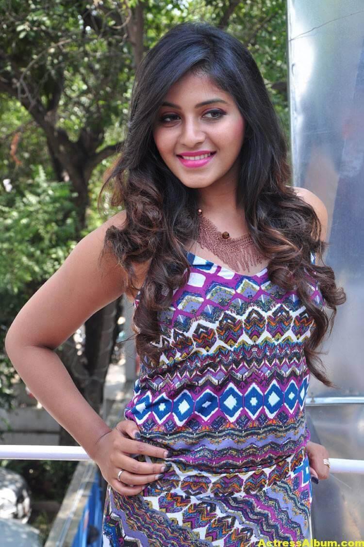 Anjali Latest Hot Stills In Blue Dress 7