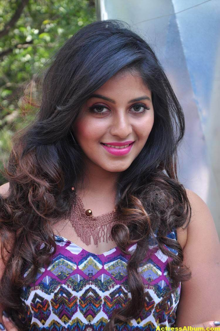 Anjali Latest Hot Stills In Blue Dress 8