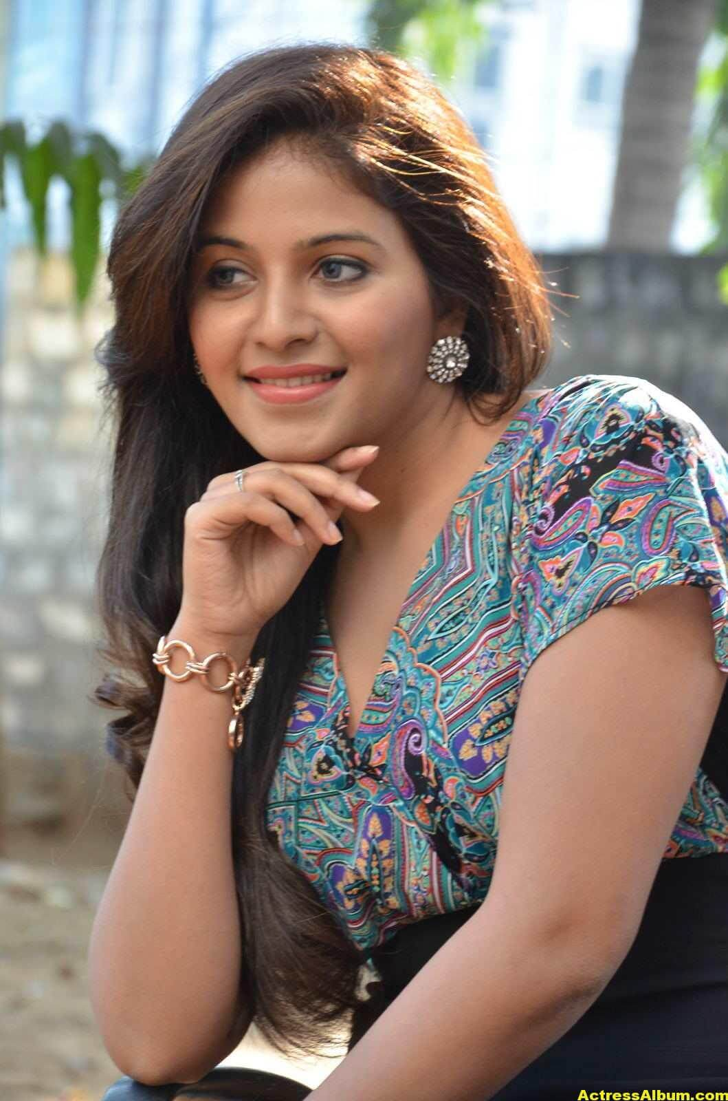 Anjali Latest Photos In Blue Dress  2