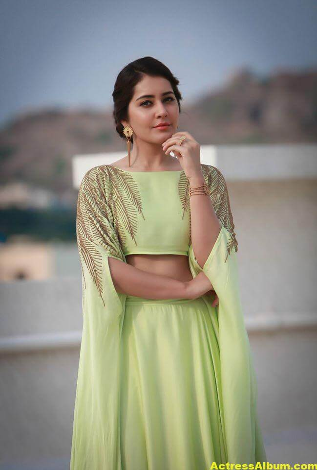 Beautiful Photoshoot Of Rashi Khanna In Green Dress 4