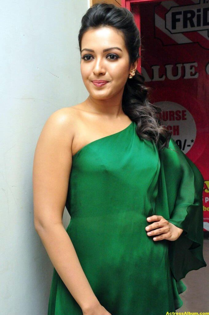 Catherine Tresa Latest Hot Photos In Green Dress 0