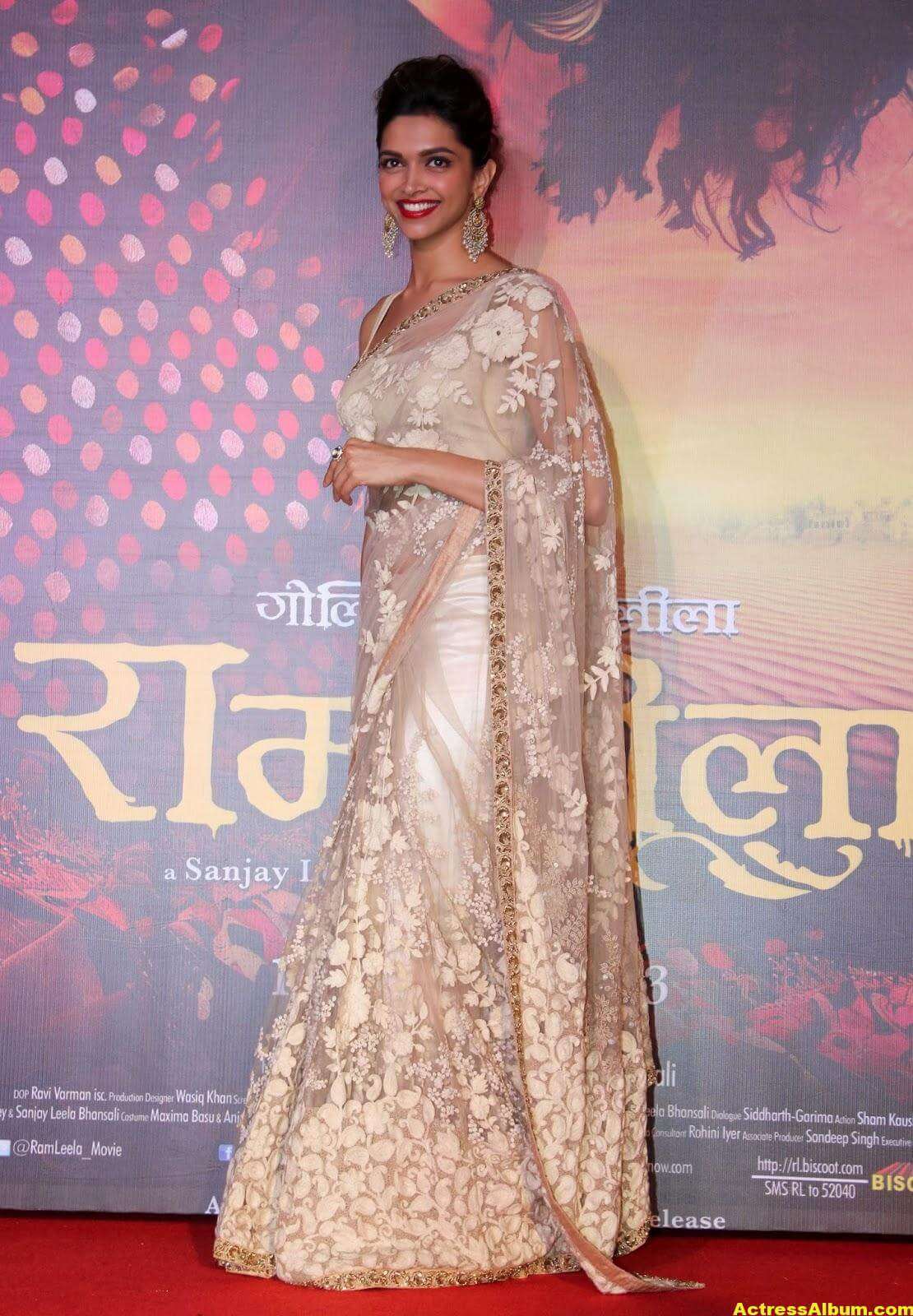 Deepika Padukone Latest Hot Photos In White Saree 3