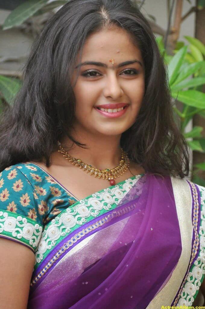 Glamorous Avika Gor Hot Photos In Blue Saree 0