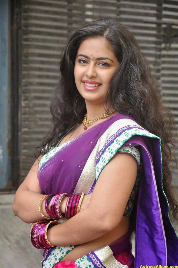 Glamorous Avika Gor Hot Photos In Blue Saree 1