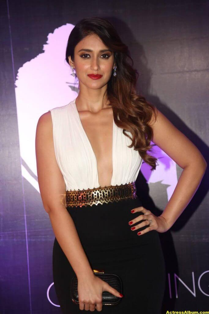 Glamorous Ileana Hot Stills In White Dress 1