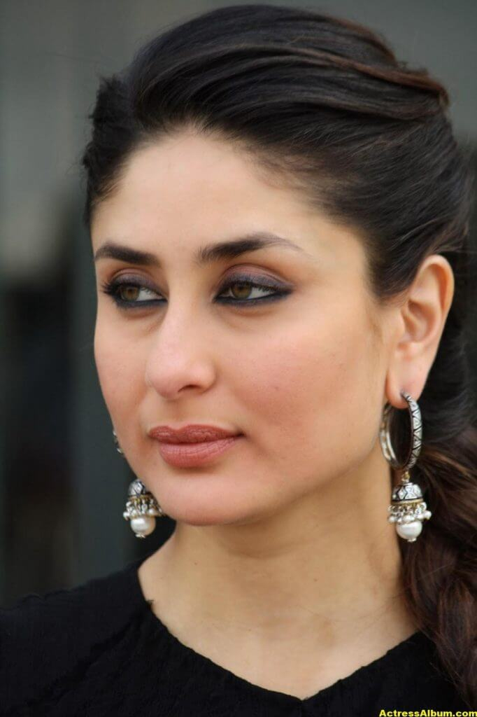 Glamorous Kareena Kapoor Images In Black Dress 4