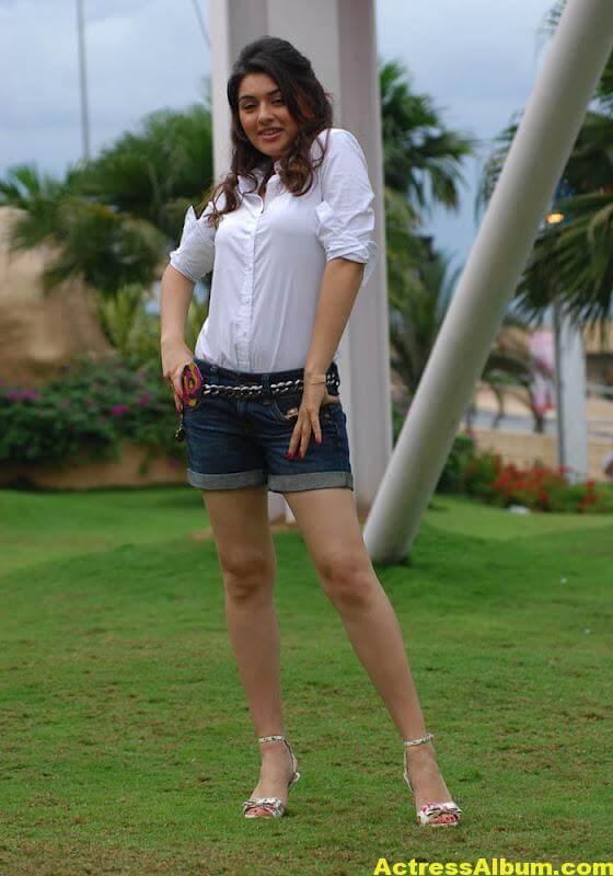 Hansika Motwani Legs Show Hot Images In White Dress