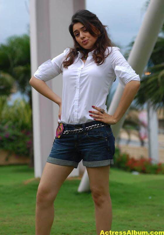 Hansika Legs Show Hot Images In White Dress 7