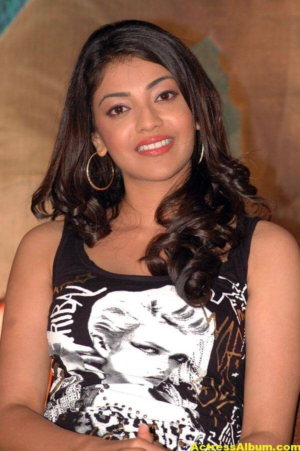 heroine-kajal-agarwal-photo-gallery-017
