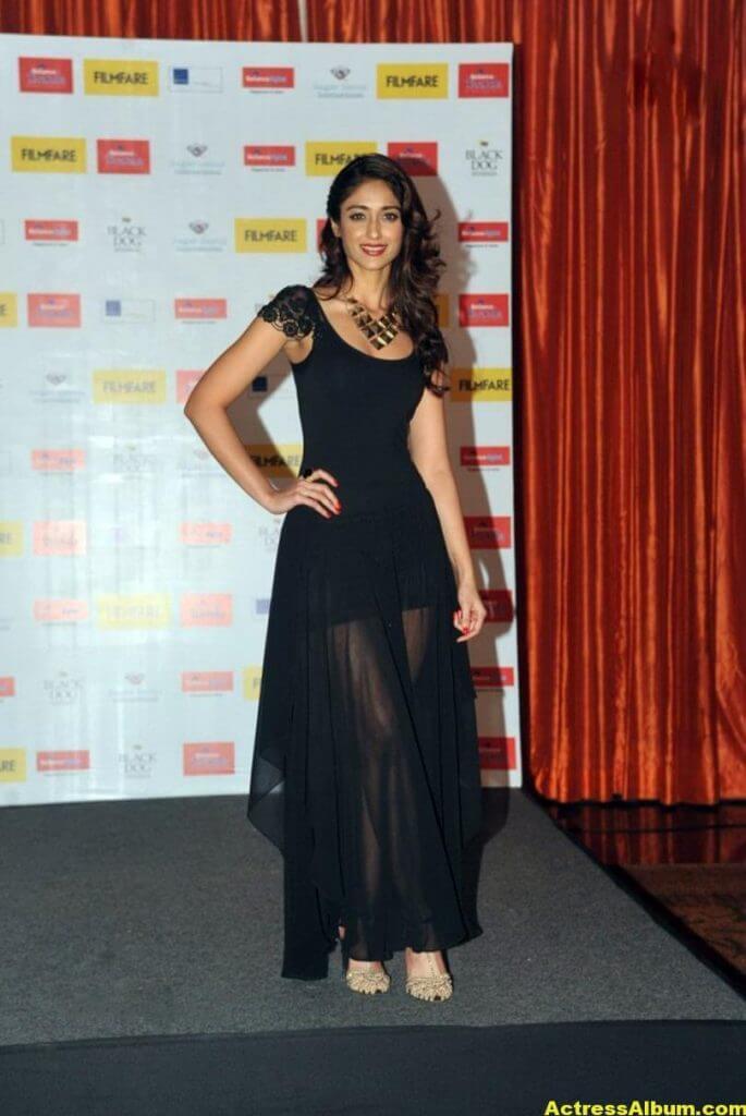 Ileana Hot Photos In Black Dress 4