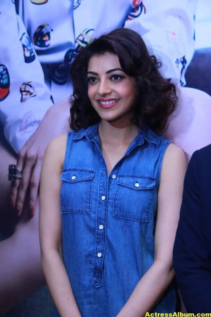 Kajal Agarwal Images In Blue Top At ITC Fashion Show