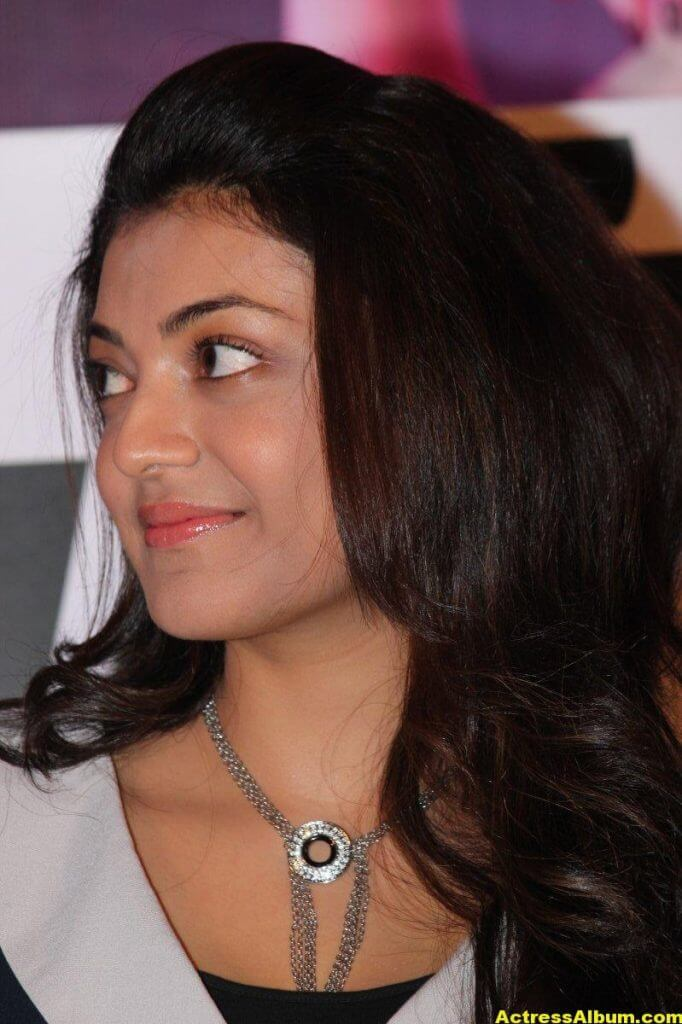Kajal Aggarwal Beautiful Eyes Photos 1