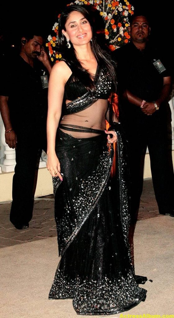 Kareena Kapoor Navel Show Stills In Black Saree 4