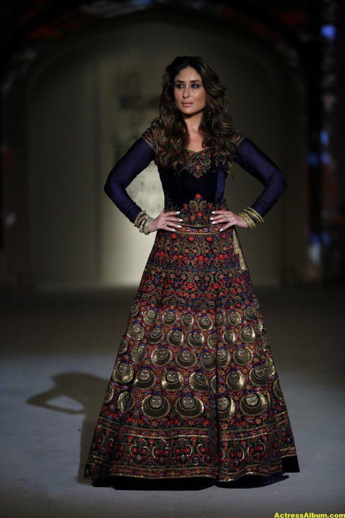 Kareena Kapoor Photos In Blue Dress 1
