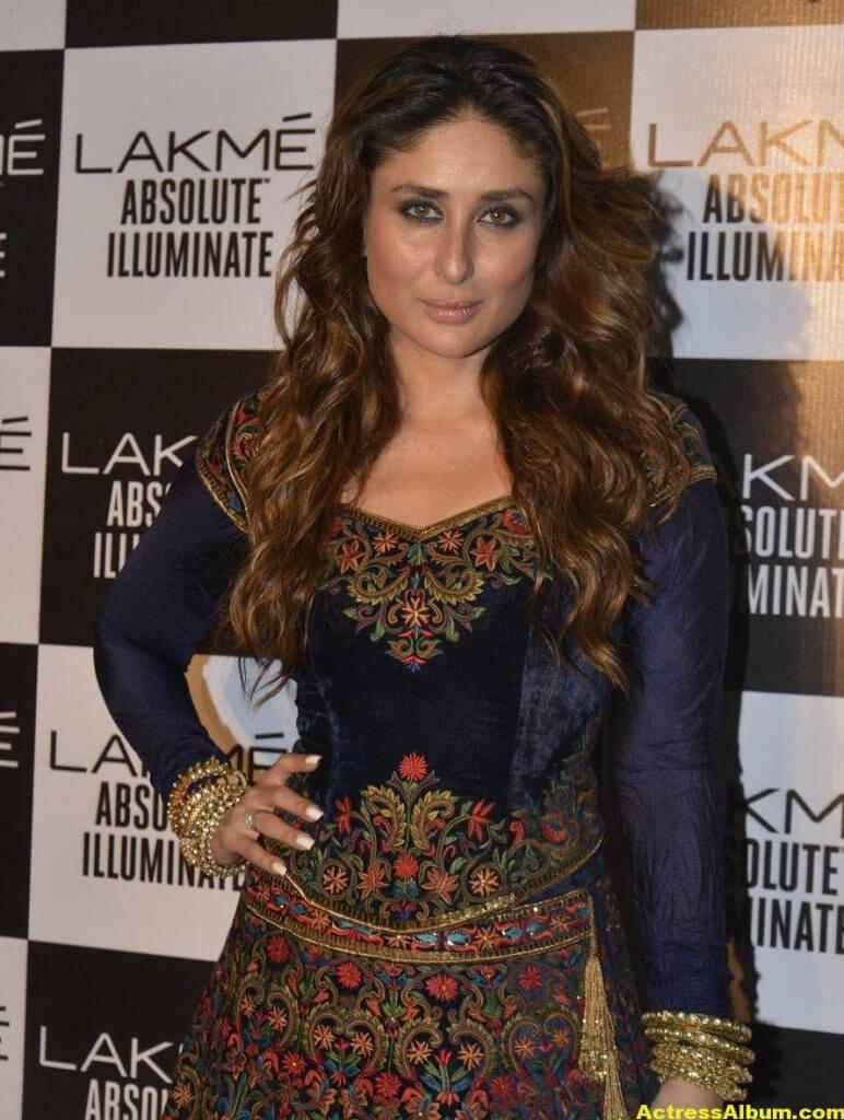 Kareena Kapoor Photos In Blue Dress 4