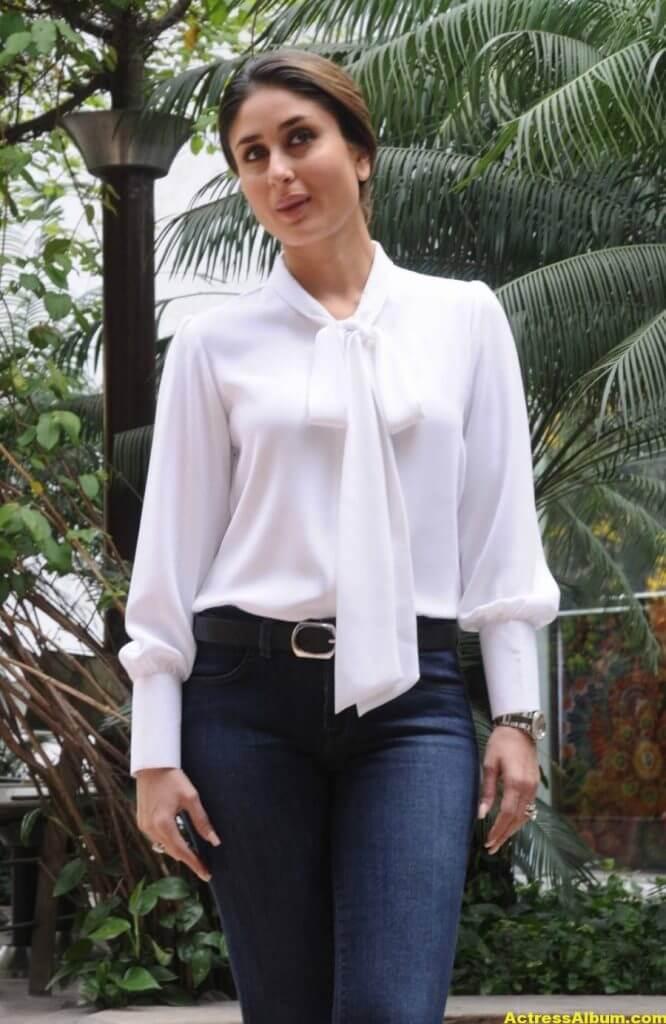 Kareena Kapoor Photos In White Shirt Blue Jeans 3