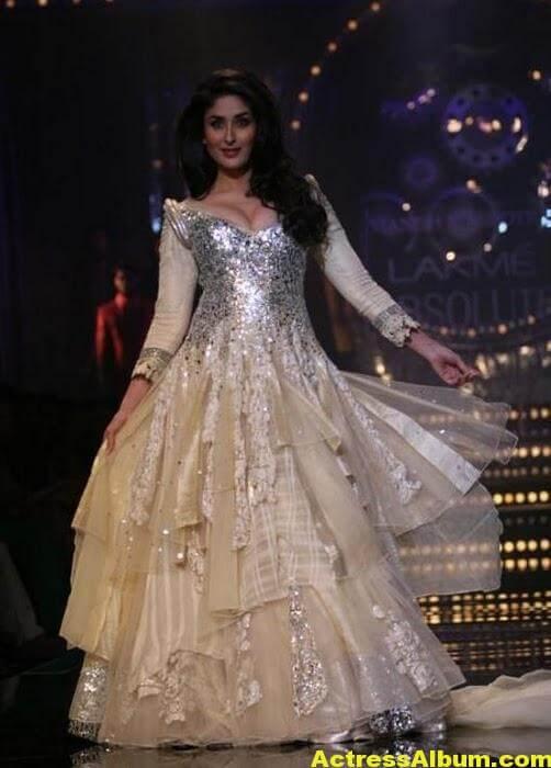 Kareena Ramp Walk In Beautiful White Dress 5