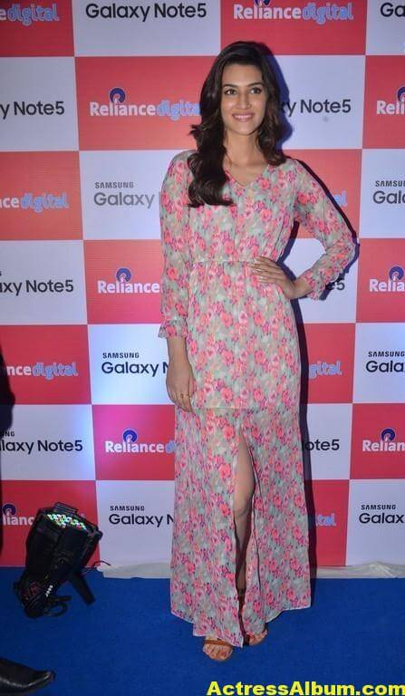 Kriti Sanon Latest Stills In Red Dress 2