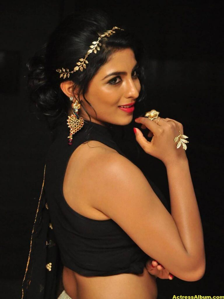 Kruthika Hot Stills Photos In Black Dress 10