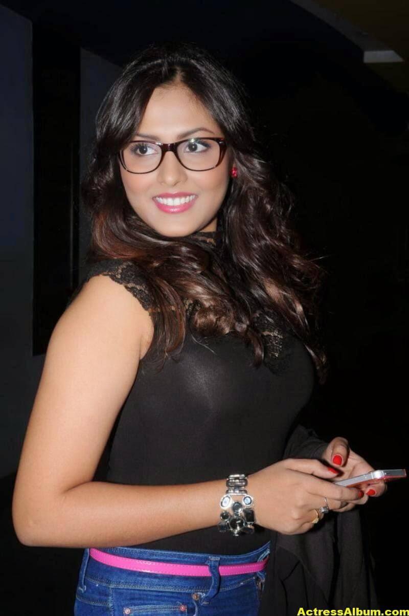 Madhu Shalini Latest Cute Photos In Black Dress 3