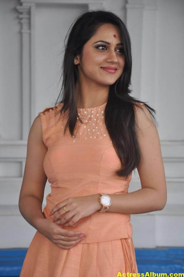Miya George Stills In Pink Dress (5)