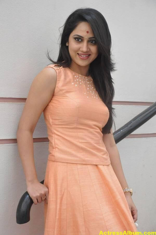 Miya George Stills In Pink Dress (6)