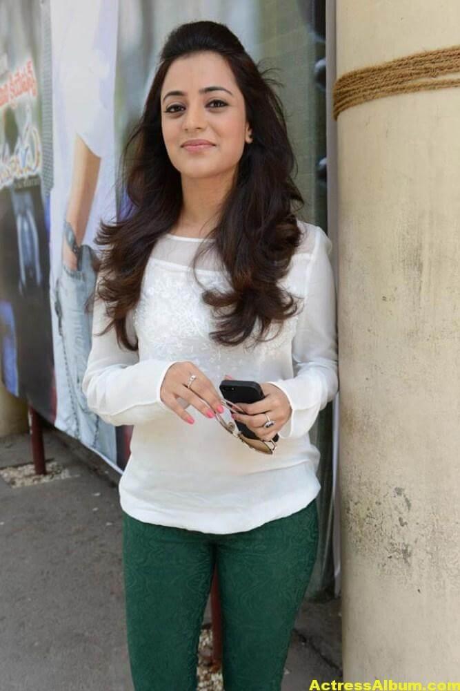 Nisha Agarwal Stills In White Shirt 2