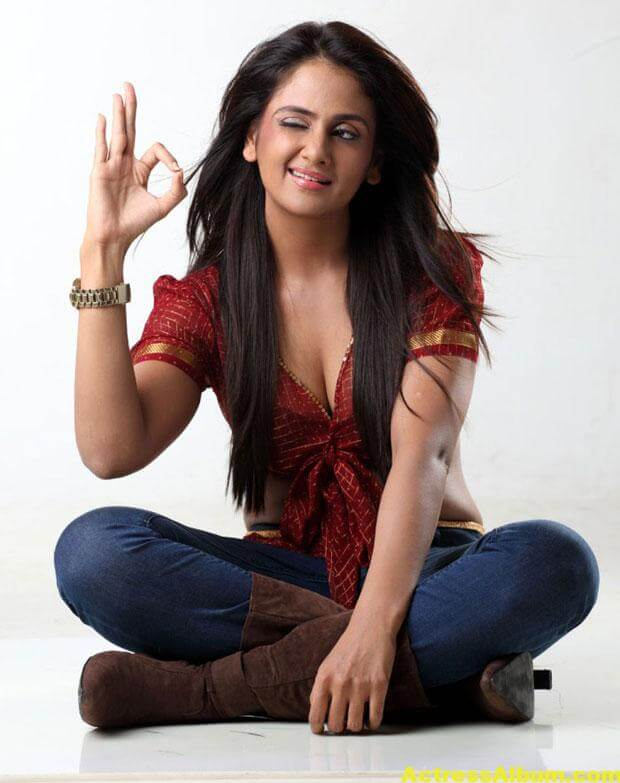 Parul Yadav Photoshoot In Red Dress 4